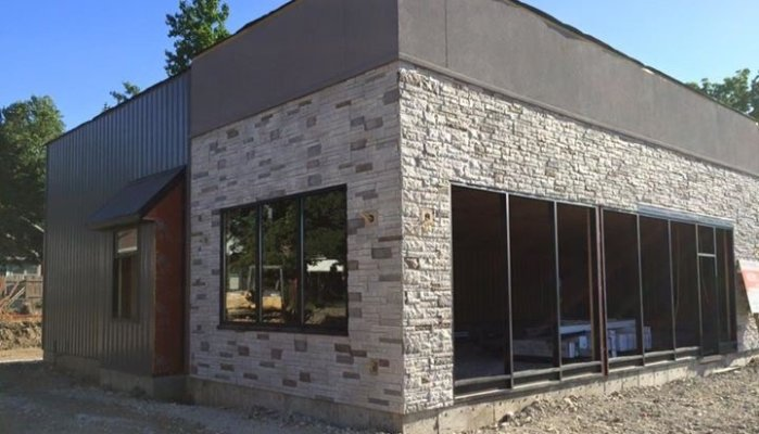 Versetta Stone on Commercial Build