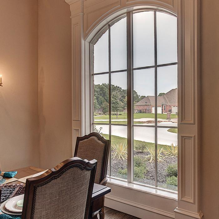 Dinning room arched window