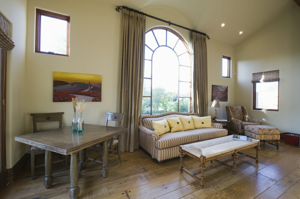 Living Room Arched Window