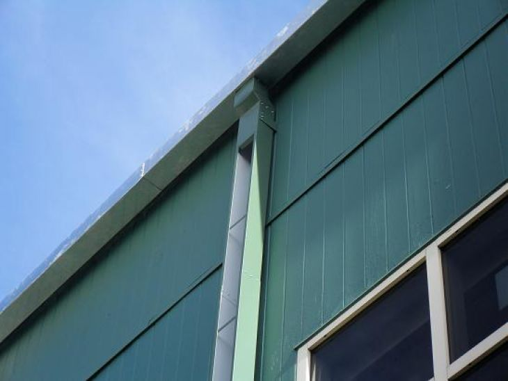 Commercial Gutters & Downspouts
