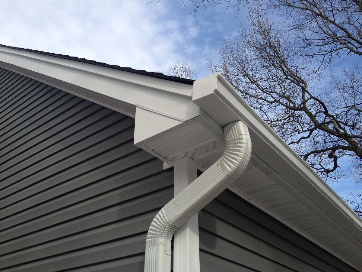 Installation of Seamless Gutters