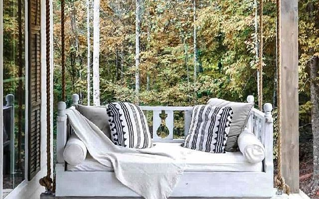 Add A Porch Swing To Your Entryway