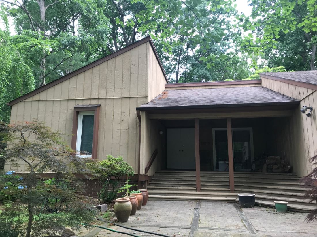 Before image of exterior remodel